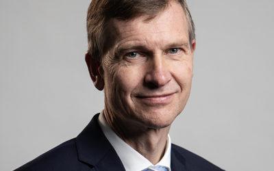 Neu im Blog: Rhenus-Vorstand Dr. Stephan Peters über De-facto-Standards